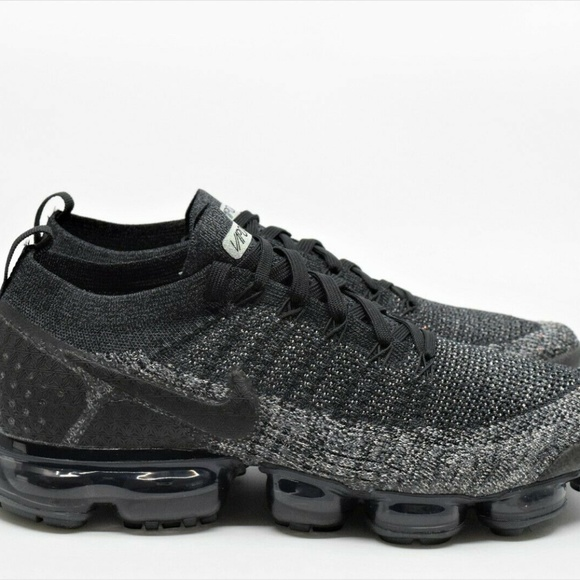 new products 4b1cb c8900 Nike Air Vapormax Flyknit 2 Black Dark Grey